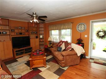 4722 Barton Circle Photo #3