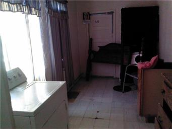 518 E Crosby Avenue Photo #9