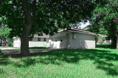 2411 Airline Drive Photo #2
