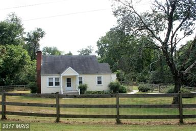 233 Schoolhouse Road Photo #2