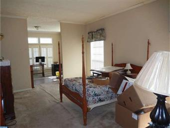 54 BUTTERCUP CT Photo #15