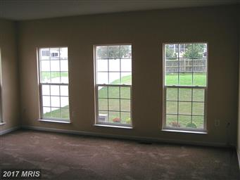 406 Farmington Boulevard Photo #10