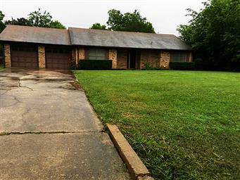 1308 E Goliad Avenue Photo #1