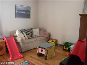 110 Courtland Way Photo #11