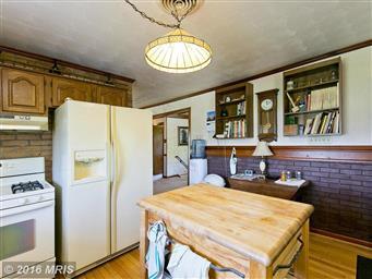 401 Reliance Lane Photo #9