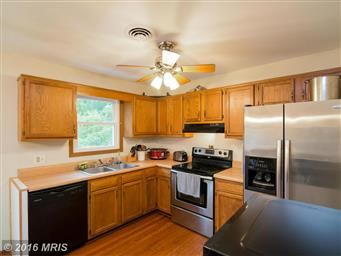 15421 Clear Spring Road Photo #10