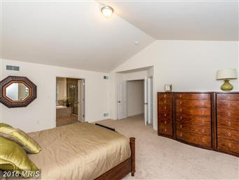 1180 Pearl Dr Photo #12