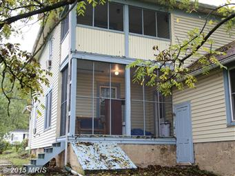 130 Carpenters Avenue Photo #9