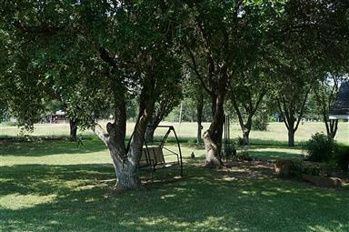 460 Oak Crest Drive Photo #4