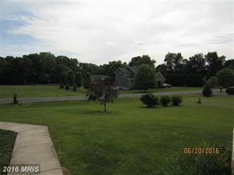 103 Stormfield Drive E Photo #2