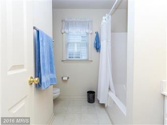 3713 Lakeview Parkway Photo #13