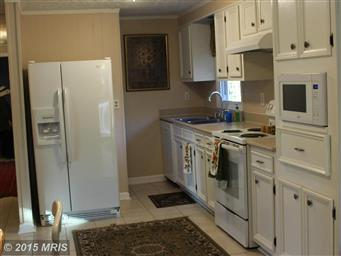 4400 Lakeview Parkway Photo #6