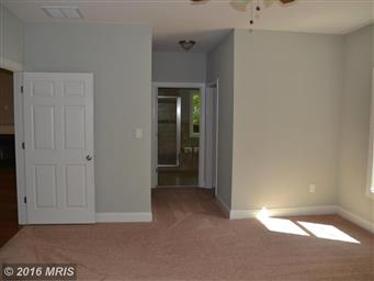 4231 LAKEVIEW PKWY Photo #15