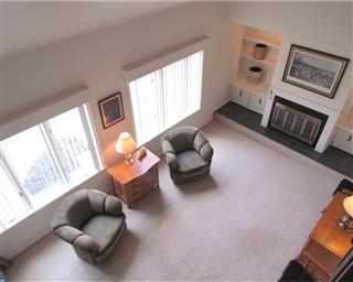 9 N Turnberry Drive Photo #17