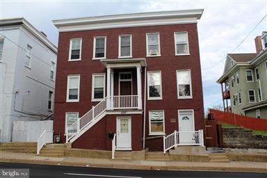 436 W Washington Street Photo #1