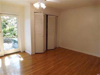 170 Foothill Court Photo #9