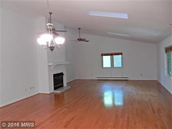 3802 Lakeview Parkway Photo #8