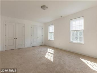 616 Lakeview Parkway Photo #24
