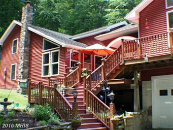 974 N Maple Road Photo #4