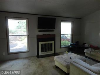 4221 Lakeview Parkway Photo #5