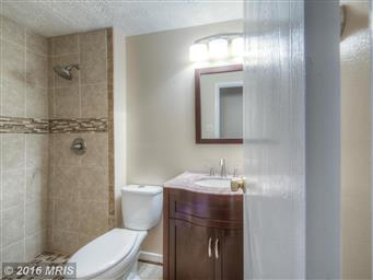 10454 Eisenhower Drive Photo #17