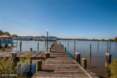 461 Harbor View Circle Photo #1