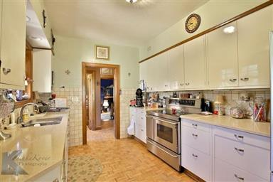 2142 Idlewild Street Photo #6