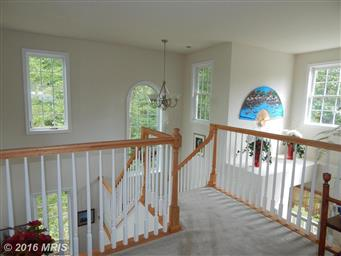 1520 Lakeview Parkway Photo #5