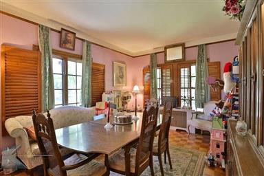 2142 Idlewild Street Photo #15