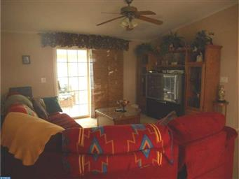 220 Persimmon Circle W Photo #13