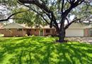 4237 Selkirk Drive W, Fort Worth, TX 76109