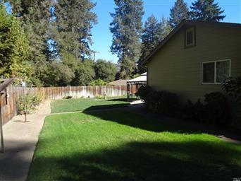 1640 Glenwood Drive Photo #3