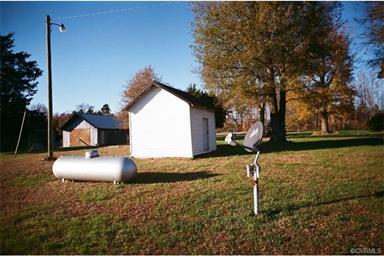 4019 HARMONY RD Photo #18