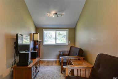 38610 Coral Court Photo #15