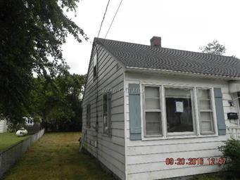 702 Dennis Street Photo #2
