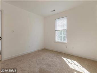 616 Lakeview Parkway Photo #25