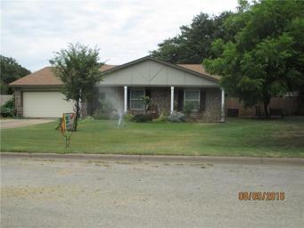 404 Briarwood Drive Photo #1
