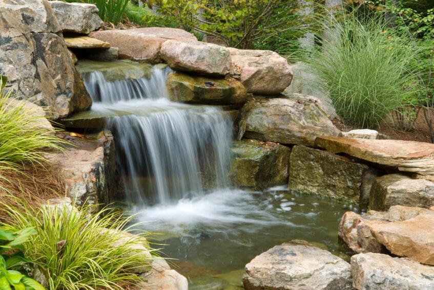Водопад с прудиком