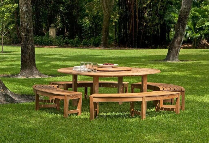 Here Is A Great Circular Picnic Table With Detached Benches. This Is A High  End