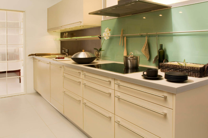 33 sleek asian kitchen ideas for Asian inspired kitchen cabinets