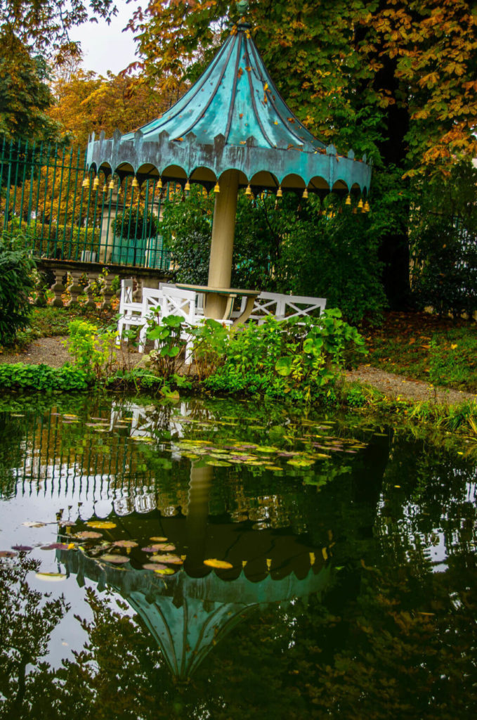 This interesting gazebo brings a fun and playful feel to a pond side area. Even as a hardtop gazebo ages, it can build a good patina and work well with a rustic and aged appeal.