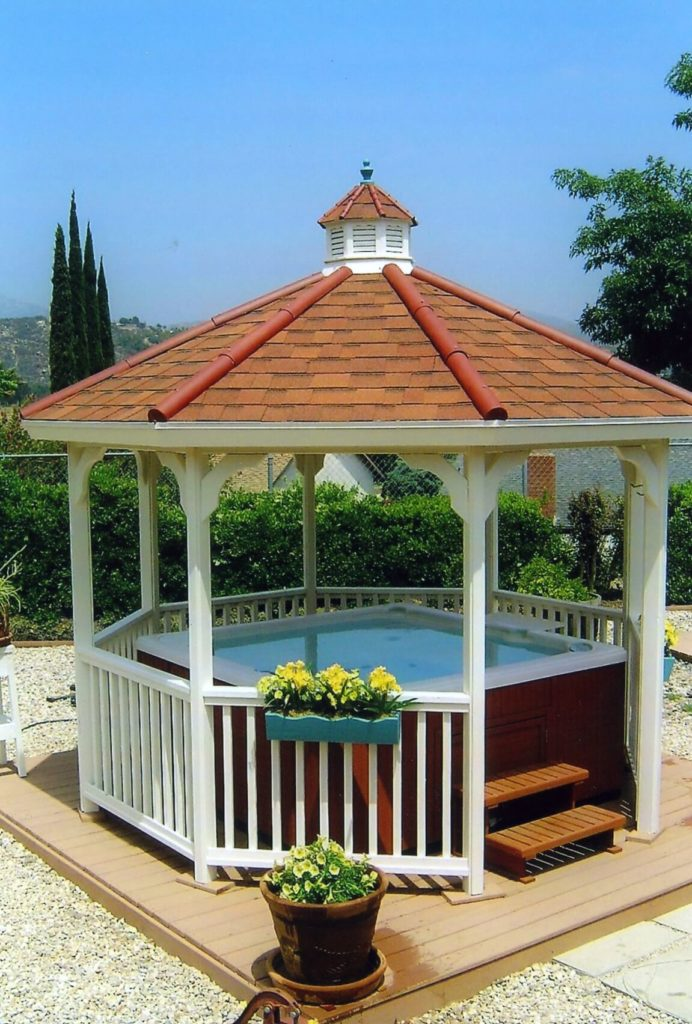 This cozy hot tub is a perfect spot for a nice soak. The gazebo around it makes this spot even more warm and welcoming.