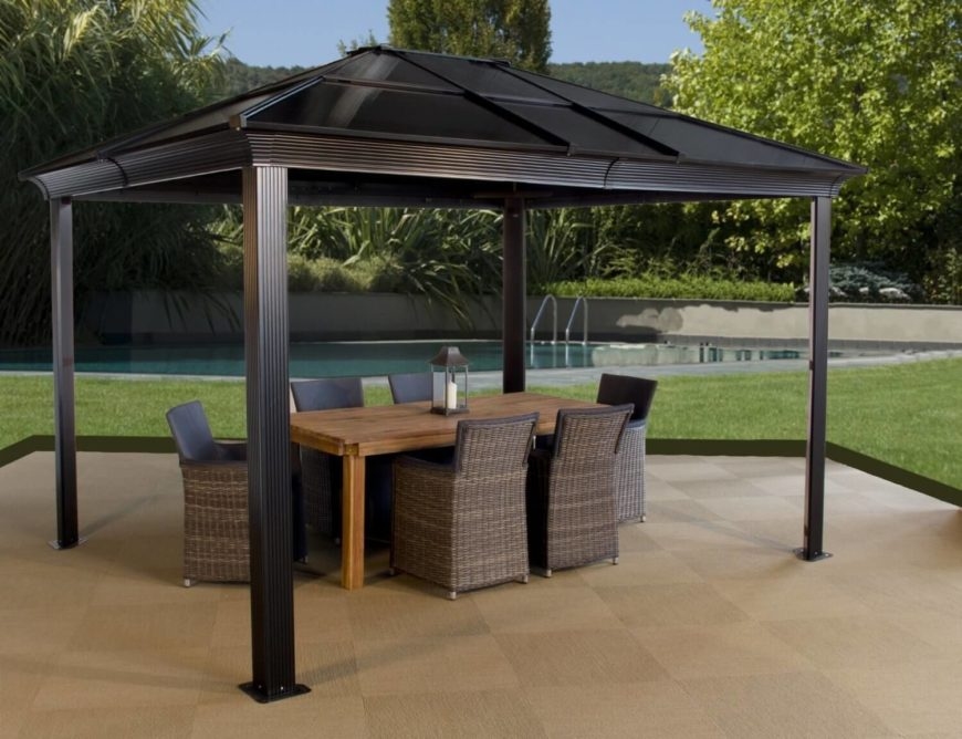 This spacious and simple design protects well against the hot sun. Your summer days will be comfortable while out on the patio under this gazebo.