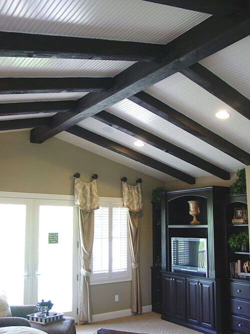 15 faux wood ceiling beam ideas photos for Fake wood beams for ceiling