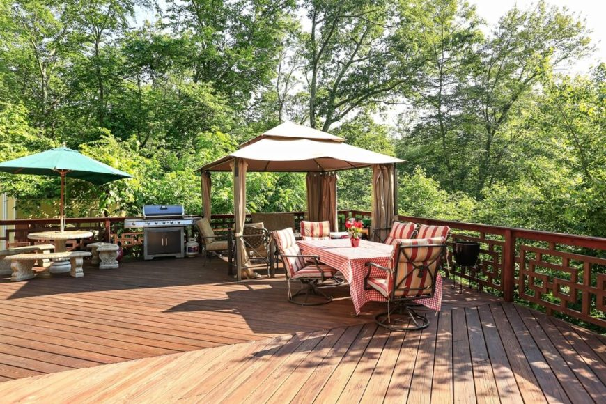 This kind of gazebo can be placed nearly anywhere. This gazebo goes perfectly on a deck or patio and can be moved or shifted whenever you need to redecorate your outside space.