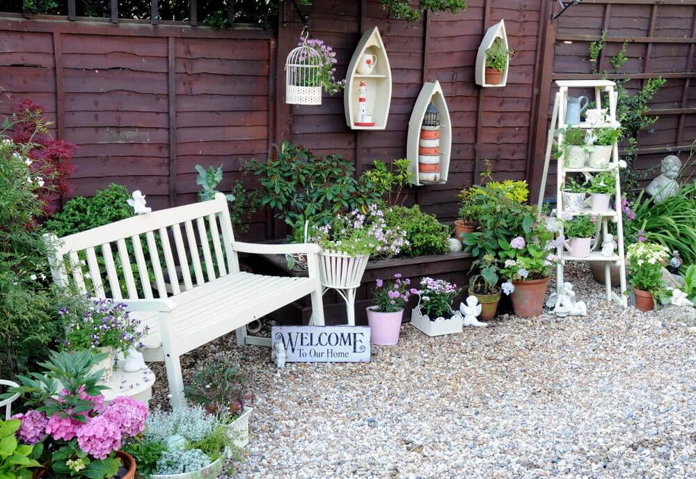35 patio potted plant and flower ideas creative and for Decorating patio with potted plants