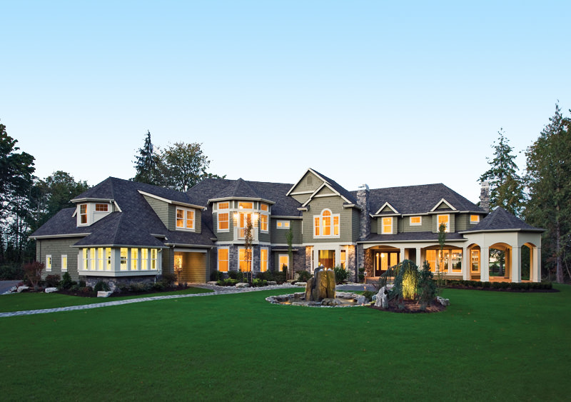 19 shingle style homes diverse photo collection for Luxury shingle style house plans