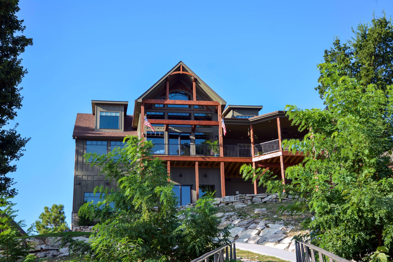 3-geschossigen See Hütte Mit Großen Raum & Kathedrale Decke – Home Deko