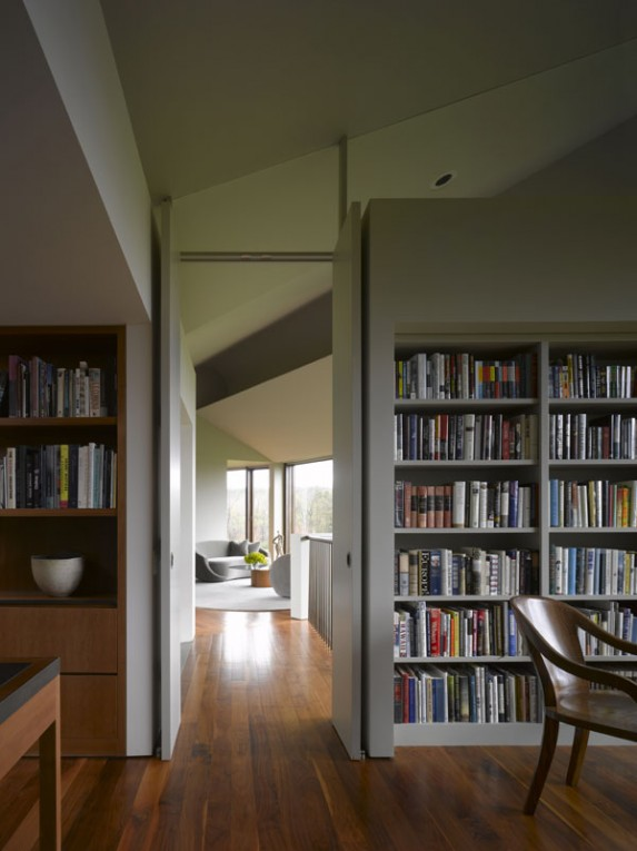 Tsao mckown design view optimized masterpiece home for Mountain house library