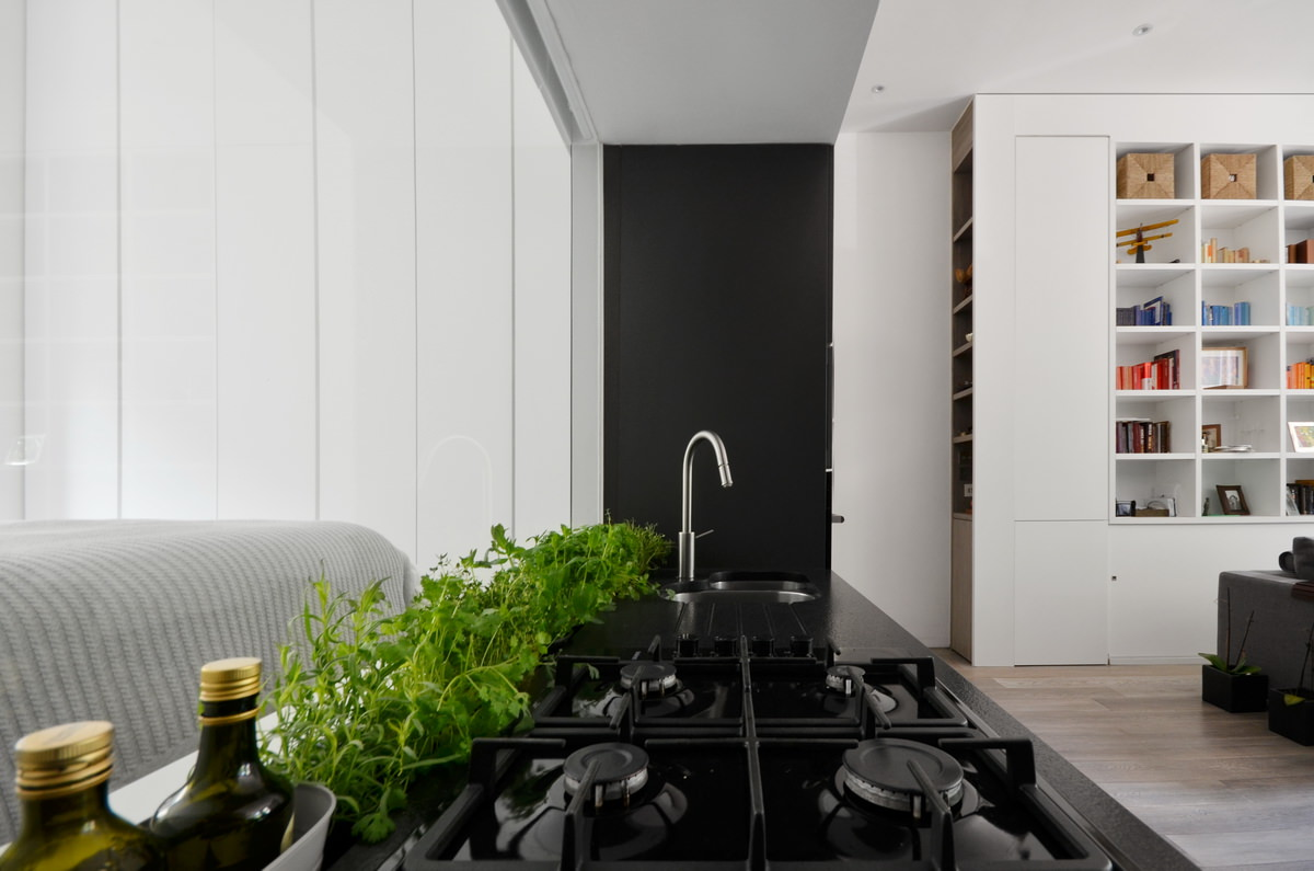 Daniele Petteno - Nevern Square Apartment-13